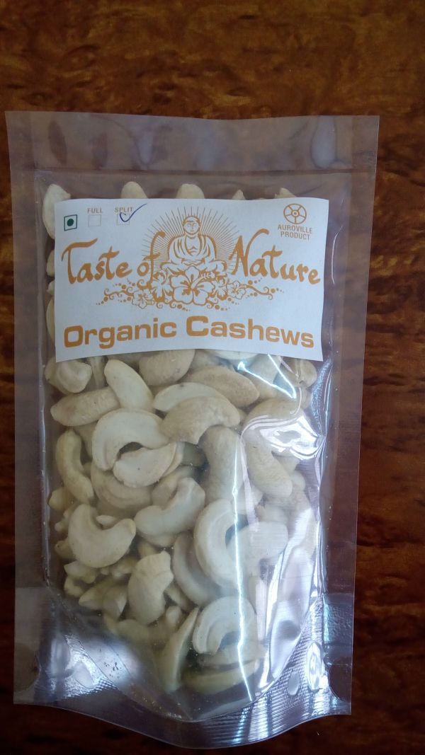 <b>NOIX DE CAJOU - MOITIE DE FRUIT NATURE</b><br>BUD - Anacardium occidentale<br>RAW CASHEW NUT HALF<BR>CULTURE BIO<br>100 grs