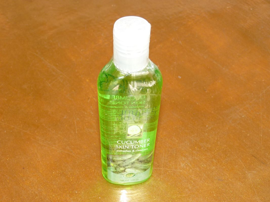 <b>LOTION TONIQUE AU CONCOMBRE</b><br>JOVEES<BR>Cucumber Skin toner<br>100 ml