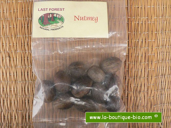 <b>NUTMEG - JATHIKKAI</b><br>KEY - Myristica Fragrans<BR>ORGANIC and WILD - 50 grs