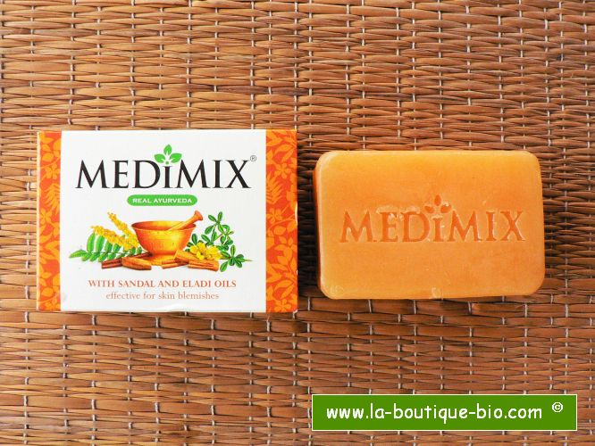 <b>SOAP - MEDIMIX<BR>SANDALWOOD AND ELADI OIL</B><BR>6 x 75 grs