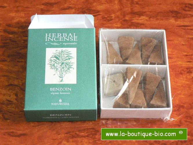 <B>BENZOIN</B><BR>NAT - AYURVEDIC INCENSE<BR>10 pyramids + Holder