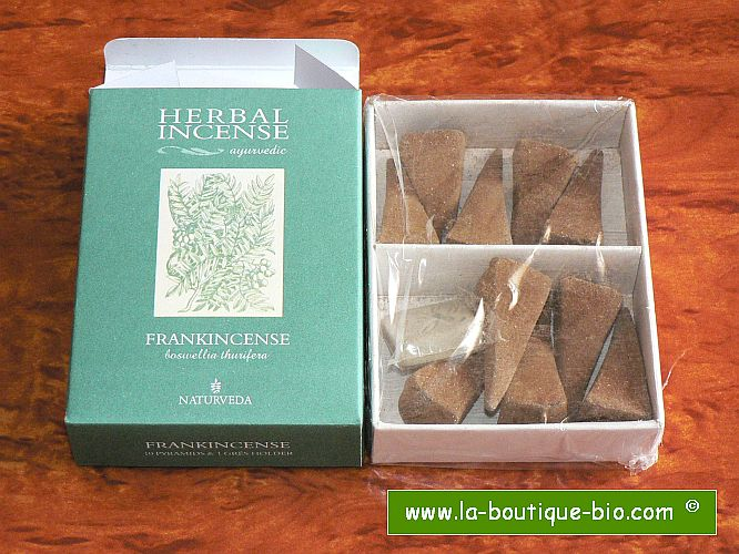 <B>FRANKINCENSE</B><BR>NAT - AYURVEDIC INCENSE<BR>10 pyramids + Holder