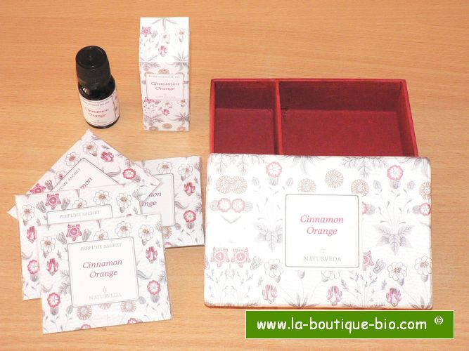 <B>PETIT COFFRET CADEAU - CANNELLE-ORANGE</B><BR>NAT - SMALL GIFT BOX<BR>CINNAMON-ORANGE