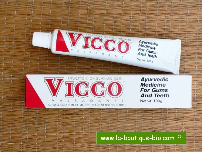 <b>VICCO</b><br>TOOTH PASTE<BR>Tube de 200 grs