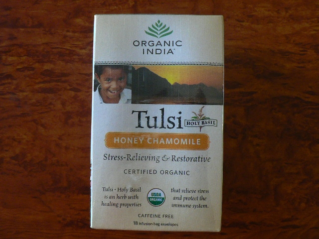 <B>TULSI MIEL CAMOMILLE</B><BR>OI - TULSI holy basil - HONEY CHAMOMILLE<BR>CERTIFIE BIO<BR>18 sachets x 1.8g