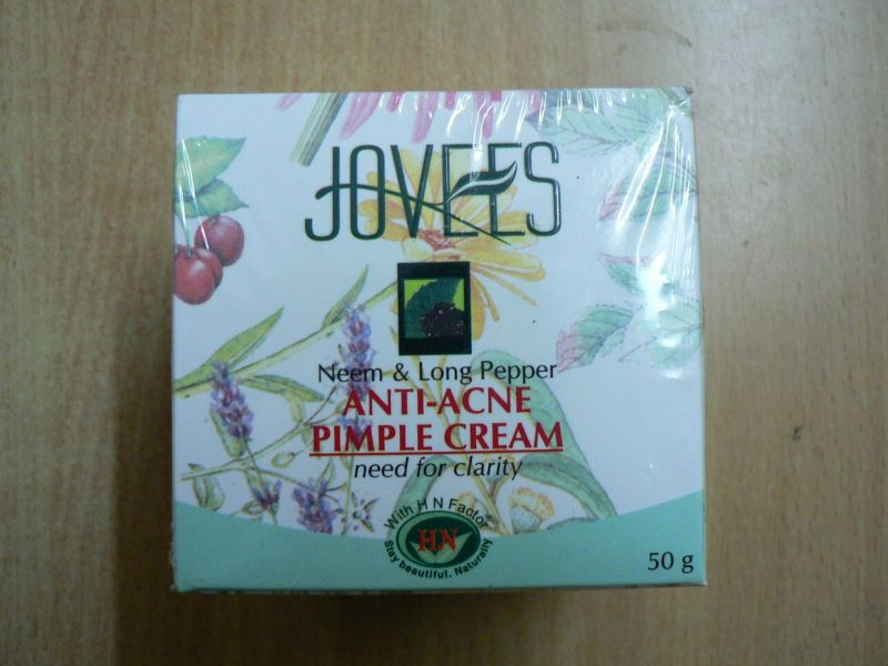 <b>ANTI ACNE - PIMPLE CREAM</B><BR>JOVEES <BR>60 grs