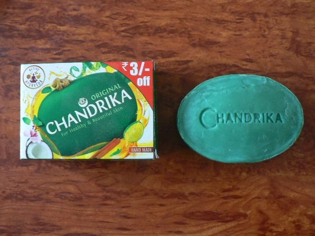 <b>SOAP - CHANDRIKA</b><br>CHANDRIKA SOAP - GREEN<BR>125 grs